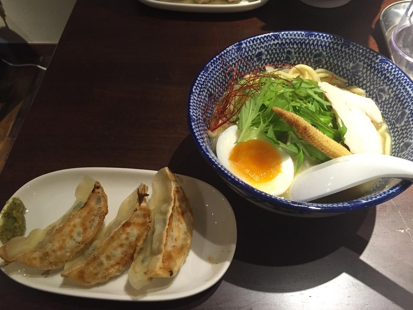 麺Dining比内地鶏白湯らーめん志道