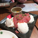 OHASHI - オヤジメニューの中落ちユッケ豆腐