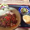 てぃんさぐぬ花 - 料理写真:ラフテー丼