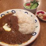 ヤーマ・カーマ - スパイシーチキンカレー972円