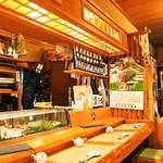 浜寿司 - 店内(カウンター席)