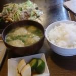 八光 - 豚野菜炒めとごはんセット