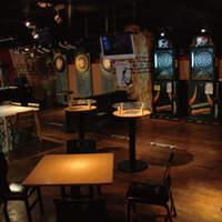 トリプルトゥエンティ - 広い店内は大人数のパーティーにもピッタリ!