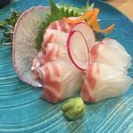 炭焼割烹 ふくろう - 真鯛の刺身