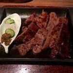 べこ政宗 - 塩みそハーフ焼き(漬物付き)