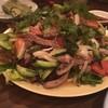 HOT-HOT ラポー - 料理写真:ボリュームたっぷりのビーフサラダ。