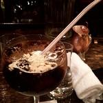 57918952 - この日はなぜか底が浅いグラスだったのでストローがえらいことにw                       いつもはストローなしで飲んでますw