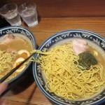 らーめん 木尾田 - 麺移動、自動大盛り2