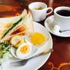 カリエンテ - 料理写真:レギュラーコーヒー400円とハムトーストのモーニング