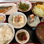 朱里 - お魚モーニング  これに茶碗蒸しとゼリー付き