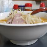 へーちゃんラーメン - とんこつ味噌ラーメン+ニンニク