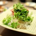 57963223 - チャーシューとパクチー春雨サラダ ¥750