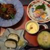 日本料理 てら岡 - 料理写真:◆天然ぶりあら炊き御膳(1100円) 天然ブリのあら炊き・お刺身3種・メニューにはありませんでしたが「茶碗蒸し」・アラ汁・白ご飯か棒鮨を選べましたので「棒鮨」を。
