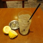和食処 天きん - 夜の生レモンサワー400円