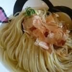エンターテイ麺ト スタイル ジャンク ストーリー エムアイ レーベル - 溶岩焼き醤油つけめん、1450円、つけ麺は950円