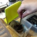 味の明太子 ふくや - 有明産の旨みたっぷりの海苔を使った「明太子のり」の試食