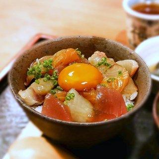 めしの助 - 料理写真:朝海鮮丼