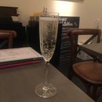 Casual Wine Dining CHIARO - スパークリングワイン(プロセッコ・ヴァルドッビアーデネ)