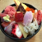 寿司芳 - ランチちらし寿司