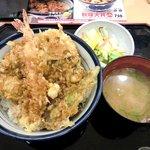 天丼てんや - 天丼てんや @西葛西 秋味天丼 750円 + お新香 60円
