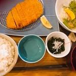 MORI-MESHI 小田原 - トンカツ定食(ブランド豚使用)
