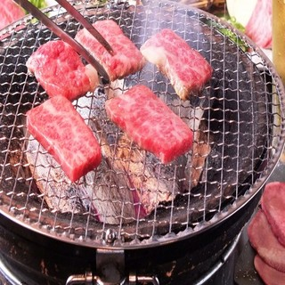 ≪備長炭≫を使用した本格炭火焼肉