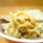 ラーメン二郎 - 超極太麺!!