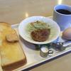 ジグレット - 料理写真:ブレンドコーヒー380円とモーニング
