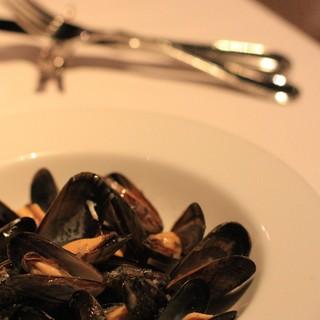 イノウエ グリリア - 料理写真:2016年10月 モンサンミッシェルのムール貝