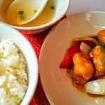 漠漠楼 - 料理写真:黒酢酢豚ランチセット (税込900円)