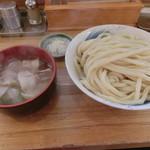 元祖武蔵野うどん めんこや - 肉汁うどん(白)特盛830円