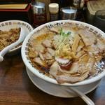 肉そばけいすけ - 料理写真:肉そば(醤油)780円+肉めし100円