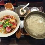 釜揚げうどん 鈴庵 - 10月の限定❗ 『合鴨と焼き白葱のつけ麺』