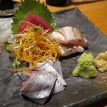 魚真 - 3点刺身盛(1人前/¥500−)
