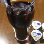 cafe&dining nurikabe - 鶏の塩唐揚げのアイスコーヒー