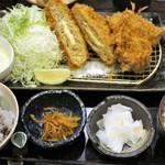 地蔵 - 料理写真:牡蠣フライ、チーズ入りメンチカツ定食 1,680円