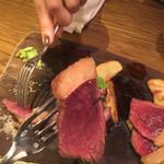 ビストロ 熟肉 -