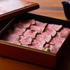 二十三夜 - 料理写真:ローストビーフの重箱ごはん(牛のブイヨンで茶漬けにも出来ます)
