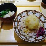 カウンターお野菜天ぷら mego - 半熟玉子天丼