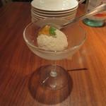 ビストロいしだ - 料理写真:マッシュルームのムース
