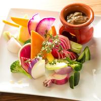 野菜に肉、魚、小麦。素材すべてにとことんこだわる