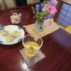 白船荘 新宅旅館 - 料理写真:ウエルカムティーは、冷たいお茶を温泉水でつくったおやき