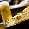 居酒屋ばんげや - 料理写真:栃尾名物油揚げ素焼きとサッポロ~
