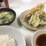 天ぷら定食ふじしま - 天ぷら定食(小) 550円