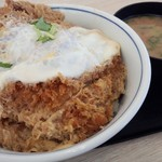 かつや - 料理写真:カツ丼(松)+豚汁(小)