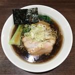 一刀流らーめん - 煮干醤油ラーメン    720円