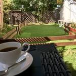 58363630 - お庭でコーヒー(╹◡╹)♡