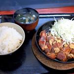 豚満 - トンテキ定食