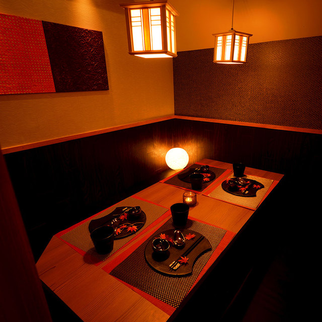 https://tabelog.ssl.k-img.com/restaurant/images/Rvw/58390/640x640_rect_58390454.jpg