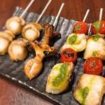 魚串さくらさく - 2016 ★魚串炭火焼き ・ホタテ・イイダコ・すずきとバジルのバジルソース